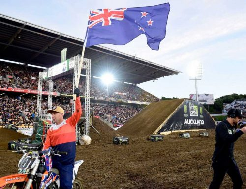 SUPERCROSS LEGENDS BEN TOWNLEY AND RICKY CARMICHAEL TO DO BATTLE AT MT SMART STADUIM